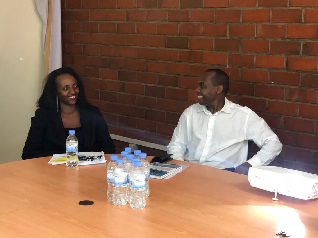 Minister_of_Trade visit_Luna_4